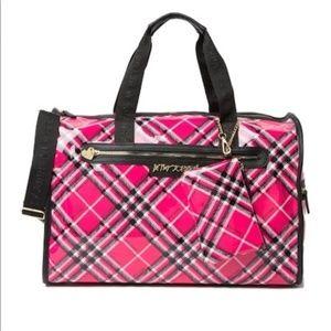BETSEY JOHNSON Barrel Weekend Bag Pink/Black Plaid